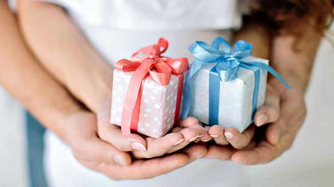 Berikan Hadiah-Hadiah Kecil